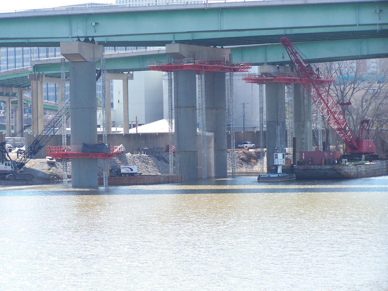 EZ Single Mast Climber Bridge Over Water